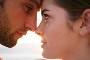 Eye to Eye: Creating Sexual Tension through the Eyes